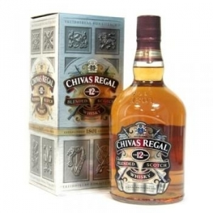 "12-ЛЕТНИЙ ВИСКИ ""Chivas Regal"" 0.7 L. ШОТЛАНДИЯ"